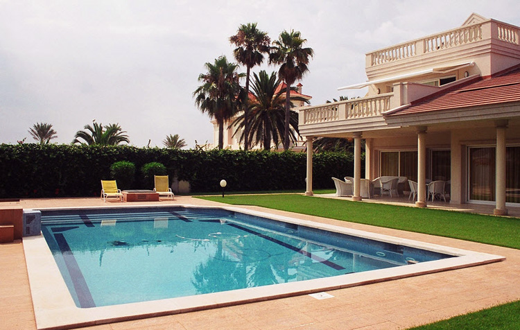 Coronaci n de piscina rectangular coronaci n piscina - Coronacion de piscinas precios ...