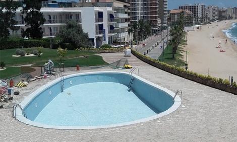 Coronación de piscina en la playa (después)